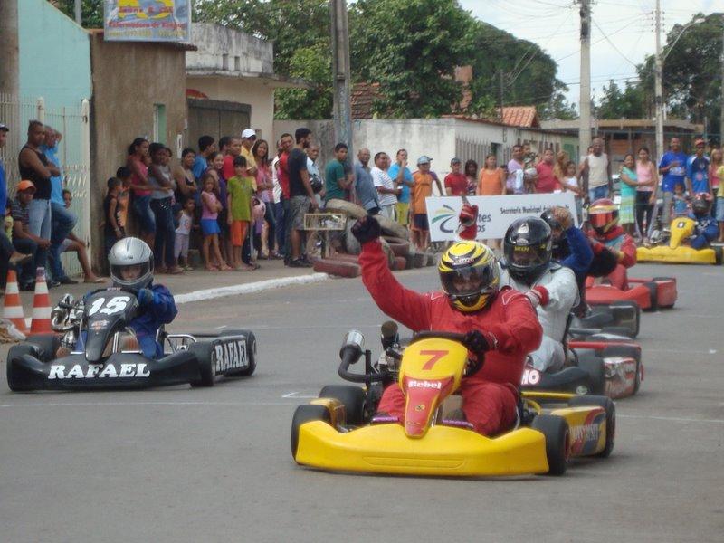 Circuito Karts Santos De La Humosa : Circuito karts de refena karting pista