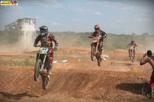 Amador mostra equilíbrio entre competidores