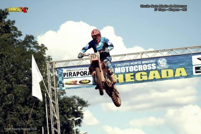 2ª etapa do Circuito  Norte Mineiro de Motocross foi sucesso de público e participantes